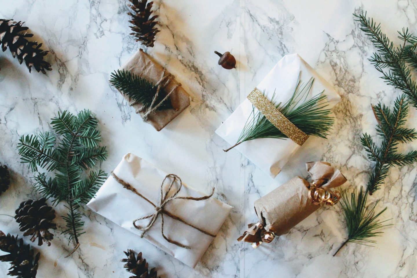 Easy Christmas Wrapping Ideas!